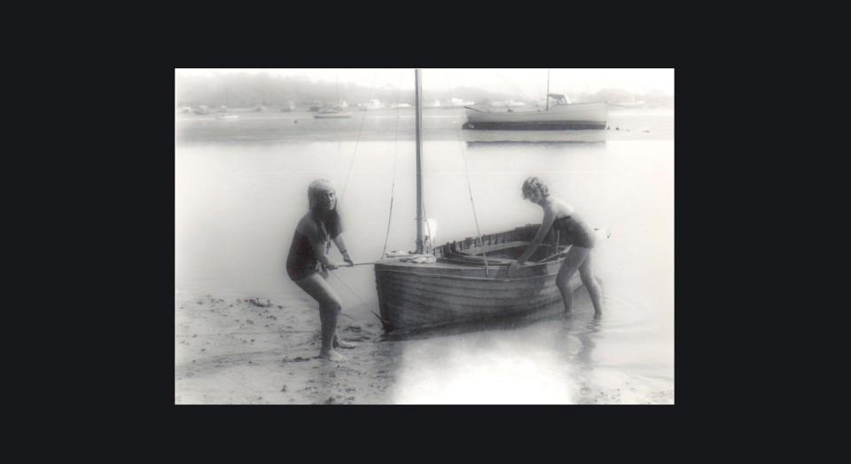 Annabel con una amiga (1954)